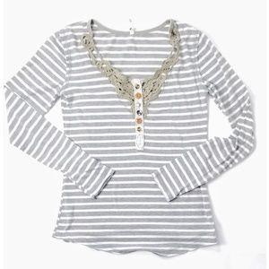 Proof Juniors Gray White Striped Lightweight Top